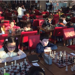 Chess Festival with Geniuses was held at Özdilek Turgutlu Mall.